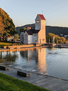 Things to do in Bergen: Golden Hour photo walk