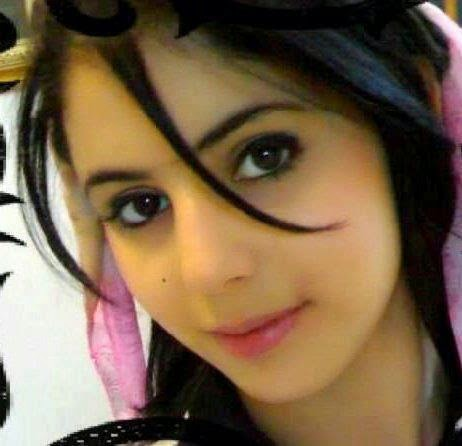 Free Wallpapers Cars And Beautiful Ladies Best Profile Pictures For Girls Fake Id On Facebook