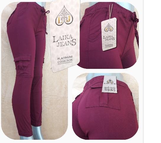 Modelo # 44 – Pantalón Gabardina Stretch con bolsas en los costados en color guinda