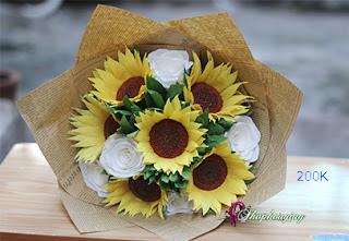 lý do dùng hoa giấy làm quà