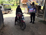 Personil Polsek Sungai Raya Ingatkan Masyarakat Pakai Masker