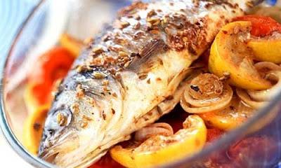 Ăn gì để trị nám da mặt? Chính là cá