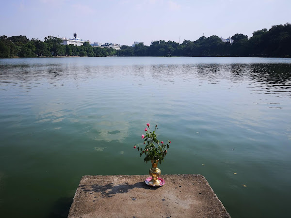 Vietnam: Hanoi's lakes and temples