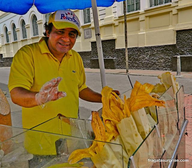Patacones, petisco típico da Colômbia