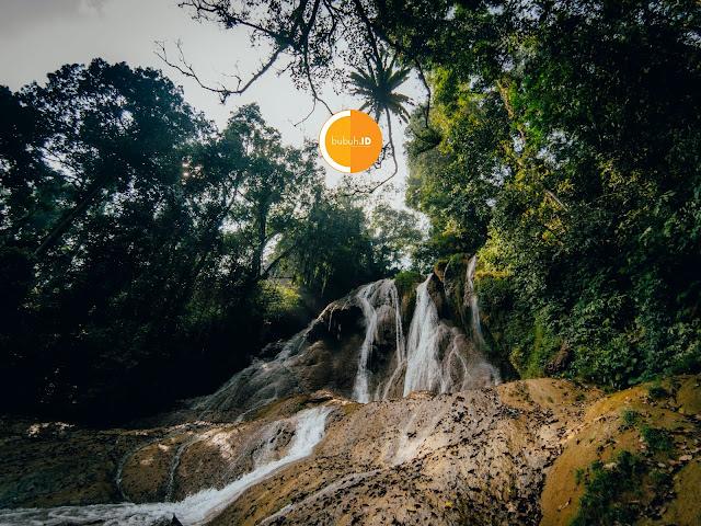 Curug Bibijilan Nyalindung Sukabumi - Air Terjun cantik tersembunyi di tengah hutan pinus