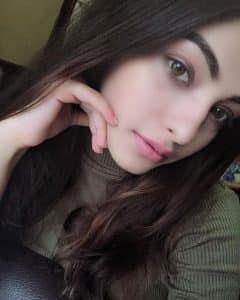 khubsurat girl ki photo