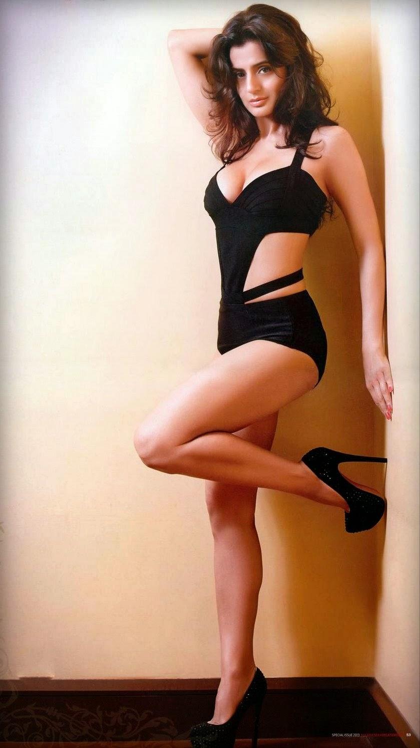 Amisha Patel Bikini Pics 99