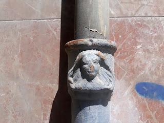 Bafomet en la Calle Maestro Marqués nº 74, Alicante.
