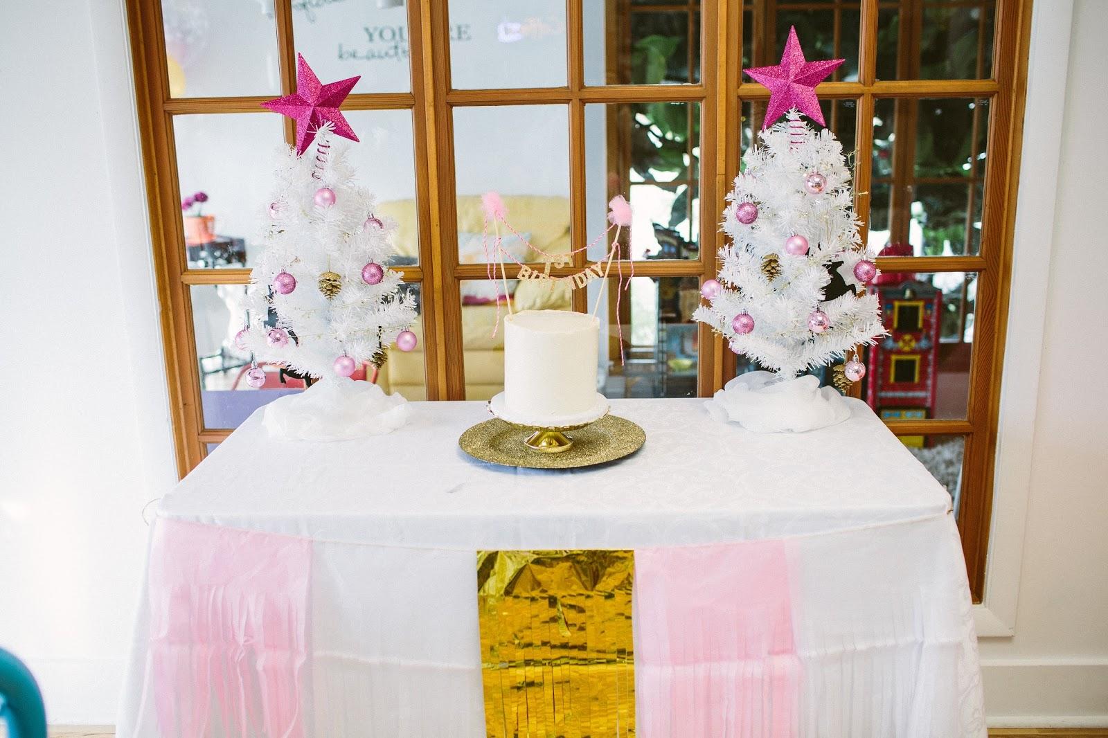 First Birthday Cake, Smash Cake, Winter Onederland Cake