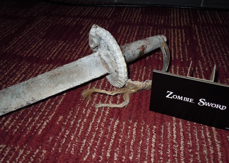 Zombie sword Pirates of the Caribbean 4