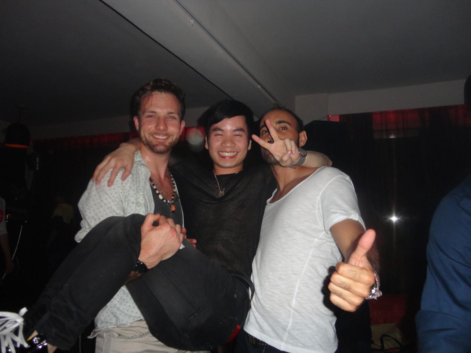 Gay clubs in vietnam
