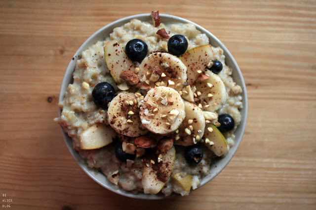 porridge, breakfast, recipe, pear, oats, vegan, gluten-free