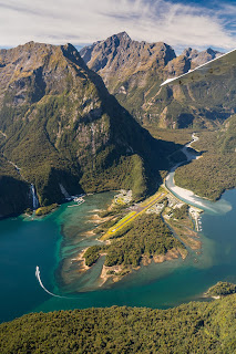 Aerial, Milford Sound, Glenorchy Air