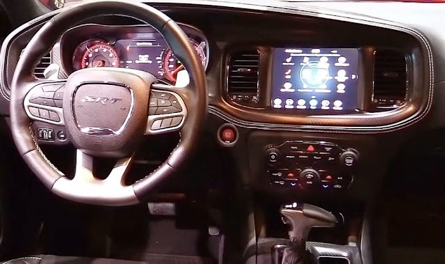 dodge charger srt hellcat widebody dashboard features and infotainment screen