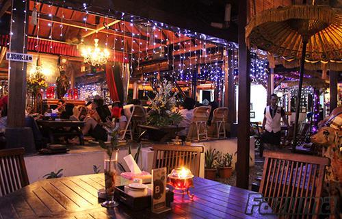 Gambar Tempat Wisata Kuliner Makana House Of Raminten
