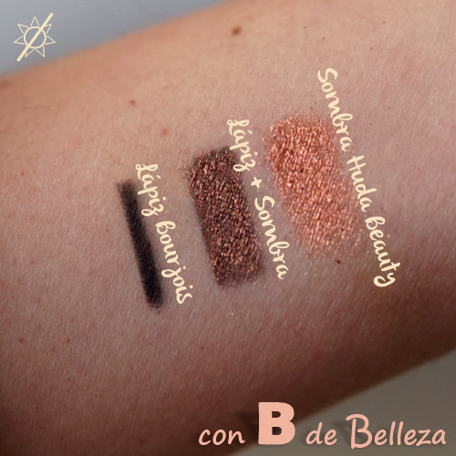 Swatches lapiz negro con shimmer encima