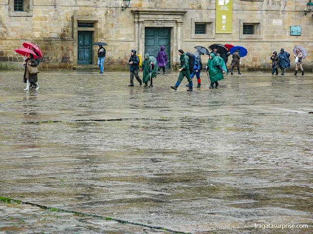 Chegada do Caminho de Santiago na Praça do Obradoiro