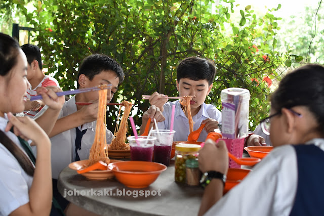 Pontian-Wanton-Noodles-only-Locals-Know-About