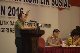 Panglima TNI : Atasi Konflik Sosial Dengan Kekompakan dan Pendekatan Antropologi Budaya