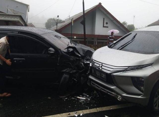 Mengalami Kecelakaan Mobil