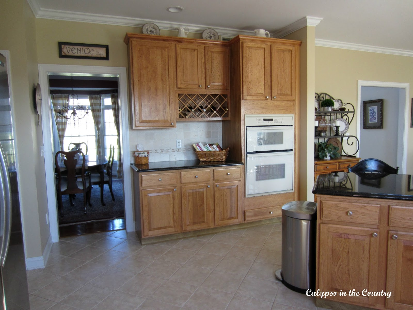 Oak Kitchen Cabinets and wall ovens