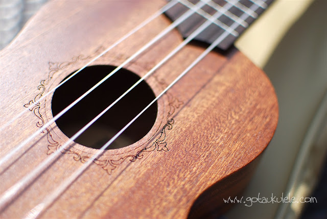 Flight NUS310 Soprano Ukulele sound hole