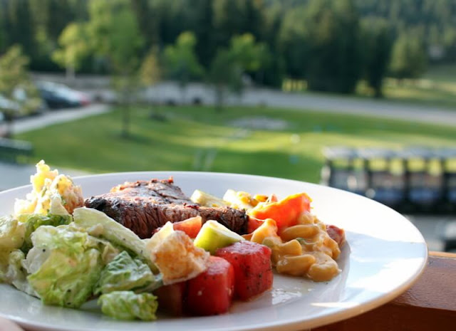 Fine dining at the Angel Fire golf resort