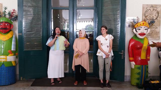 Museum Tekstil didirikan dengan visi sebagai salah satu tujuan wisata  edukasi pertekstilan bagi masyarakat umum adapun misinya pelestarian 50736d33d7