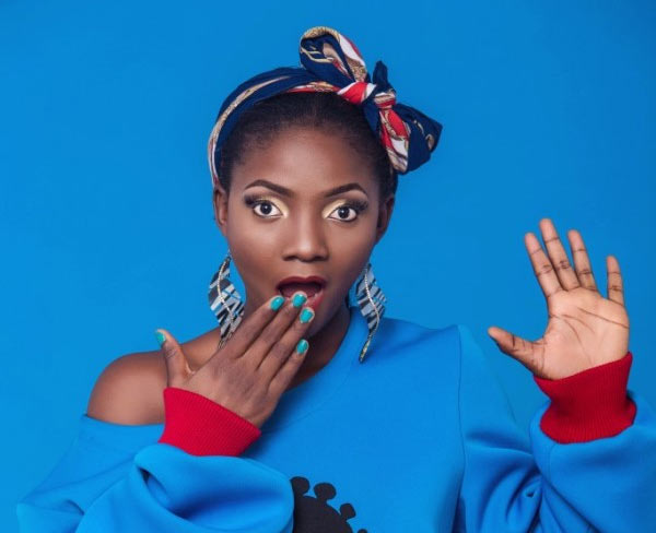 See how Simi responded to pregnancy reports
