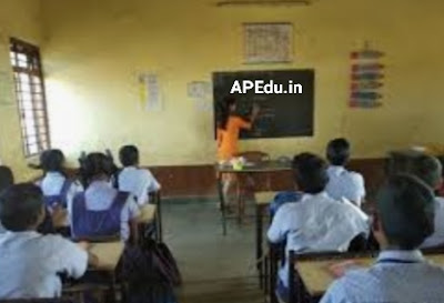 Schools should not open on September 5!  Is the AP decision in line with central guidelines?