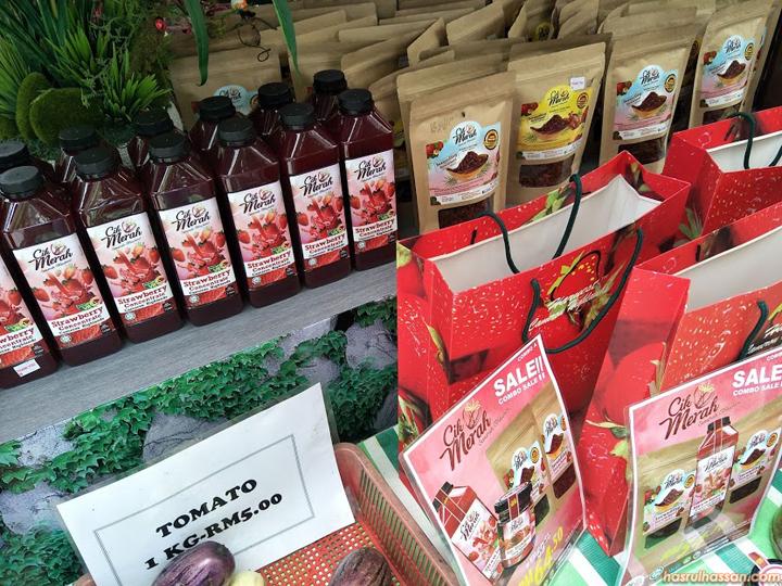 Serunding dan Jem Strawberi Cik Merah di Restoran Taman Apple Cameron
