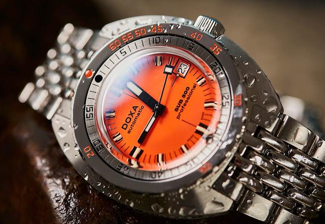 DOXA SUB 300 COSC Orange Professional