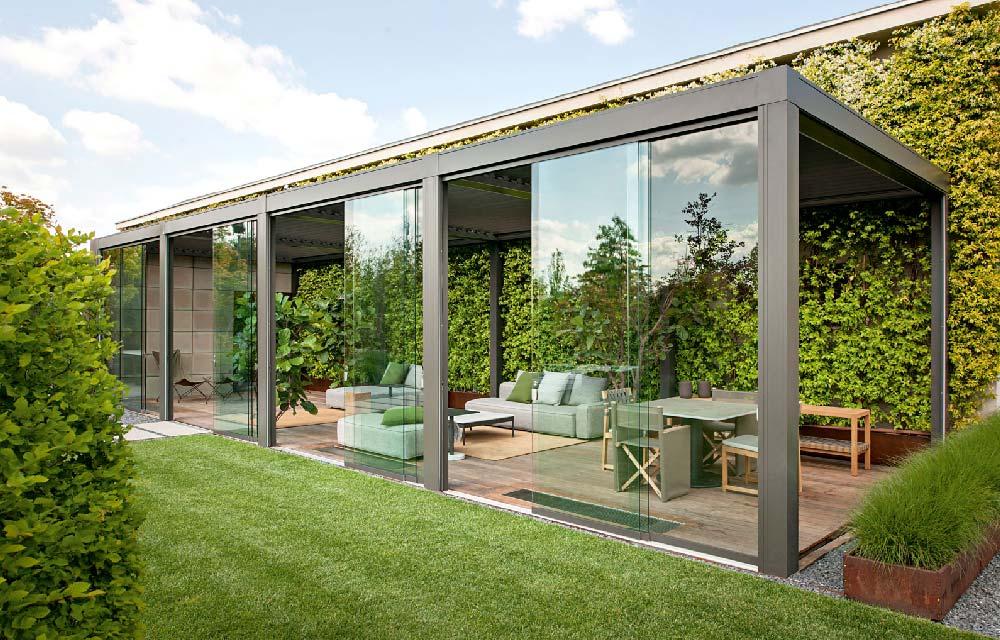 come arredare il giardino o la terrazza rendendo lo spazio fruibile sia d'estate che d'inverno