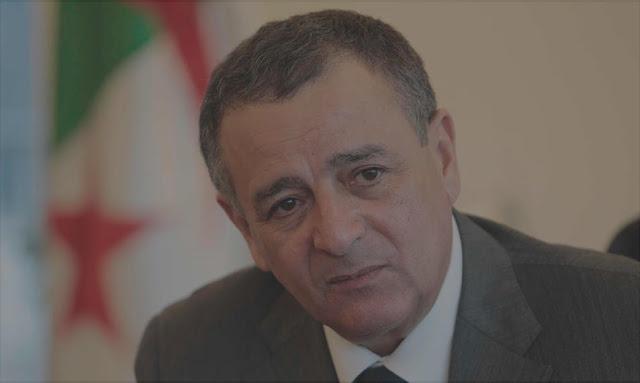 كشفت مراجع إعلامية أجنبية أنه قد تم توقيف وزير الصناعة الأسبق عبد السلام بوشوارب من طرف الأنتربول ،و معلوم أن بوشوارب فار من القضاء الجزائري منذ عدة أشهر بعد أن تم رفع مذكرة بحث لدى الشرطة الدولية.