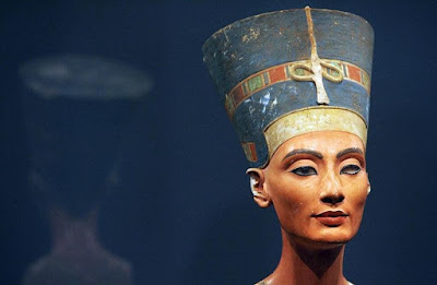 Nefertiti,