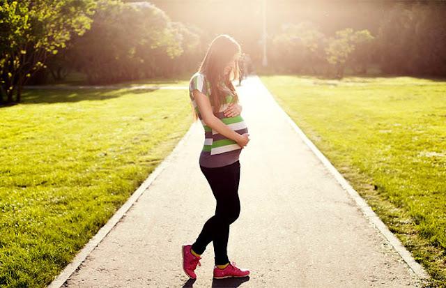 Buah Yang Berbahaya Untuk Ibu Hamil Muda