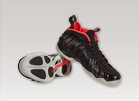 6388c14515e KIX   LIDZ  Nike Air Foamposite Pro Premium - Black Laser Crimson