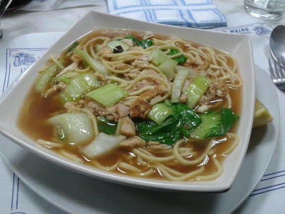 sopa de tallarines