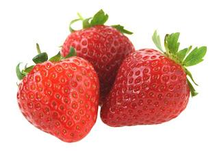 Manfaat buah strawberry untuk memutihkan gigi