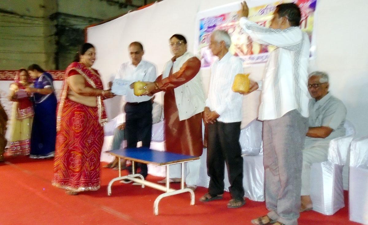 Gangaoor-festival-ends-prizes-distributed-गणगौर महोत्सव का समापन,पुरस्कार वितरण किया, महिलाओं ने किया नृत्य