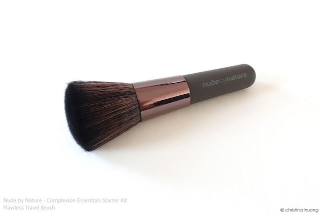 Nude by Nature Complexion Essentials Starter Kit Review in W4 Soft Sand Accessories Flawless Travel Brush