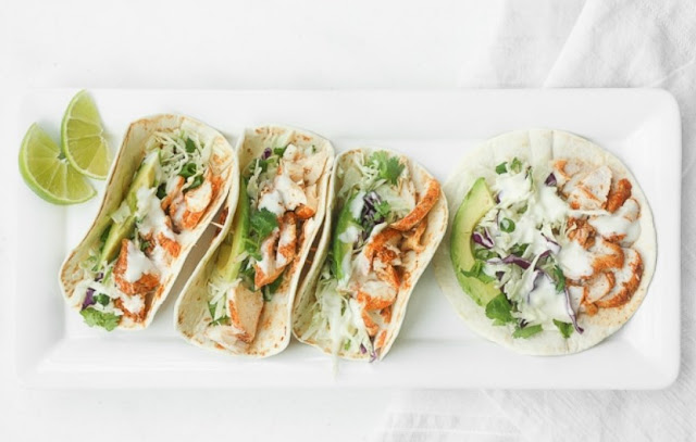 Easy Fish Tacos with Lime Crema #mexican #seafood