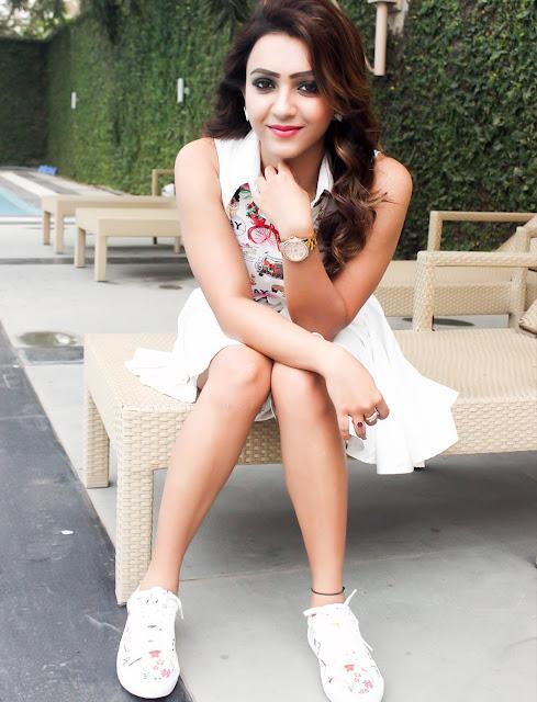 Koushani Mukherjee Facebook