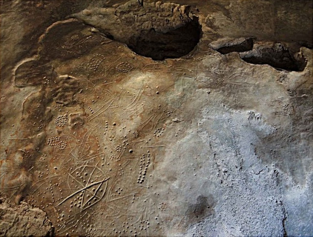 Petroglyphs in Western Crete dated to the Upper Palaeolithic