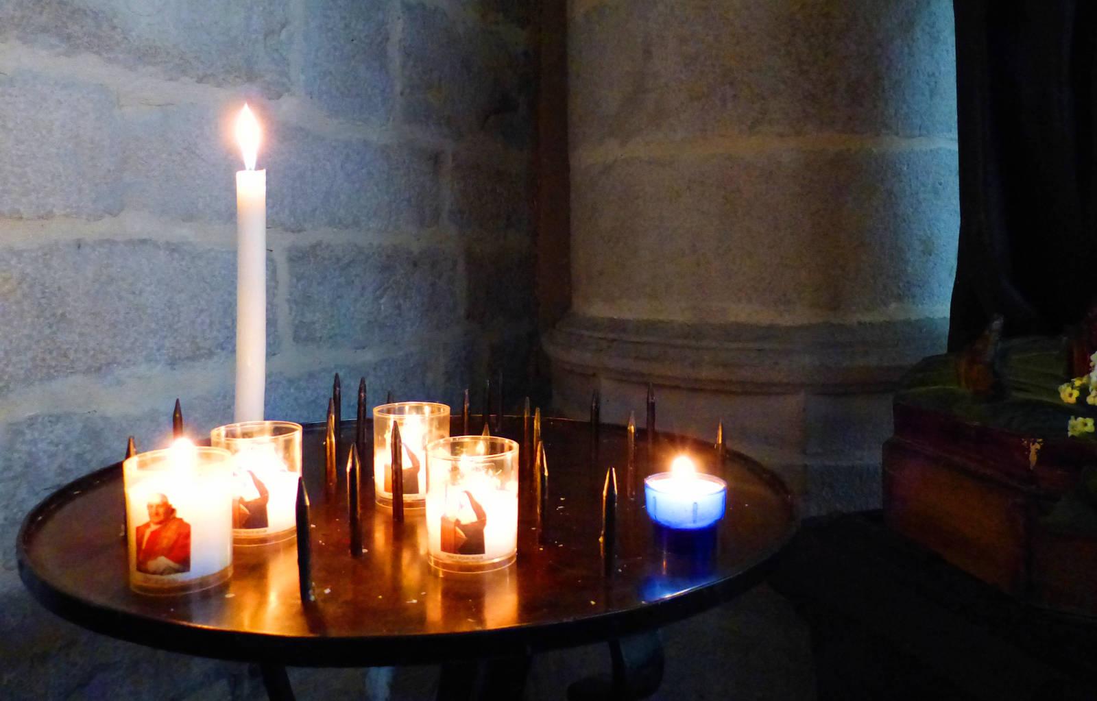 Église St Christophe - Cierges, bougies