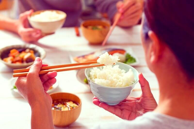 eating-rice