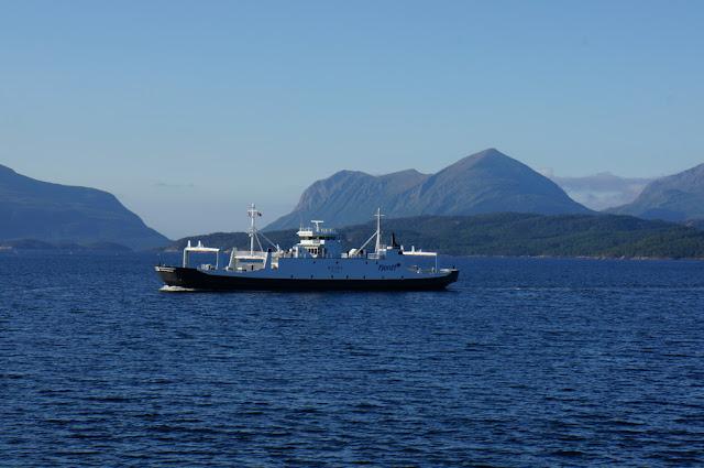 Ferry entre Kanestraum e Halsa