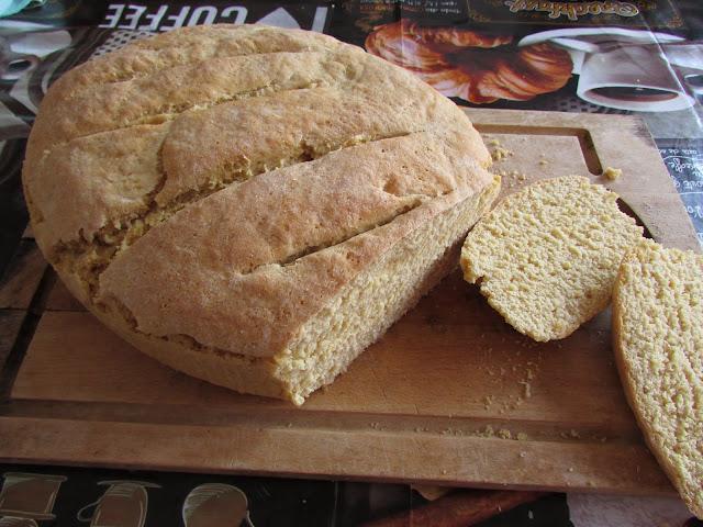 Chleb z mąką z cieciorki