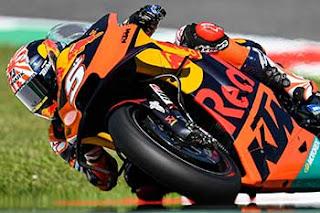 https://1.bp.blogspot.com/-Kmf4m7IVouM/XRXQYWZi38I/AAAAAAAADDo/qz3IsQ3Vqhc2eA0-pR5eCJ0yDBTxliseQCLcBGAs/s320/Pic_MotoGP-_0104.jpg
