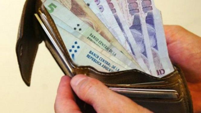 El Gobierno confió en que este año los salarios le ganarán a la inflación